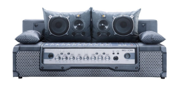 play audio 6 648x319 play audio 6